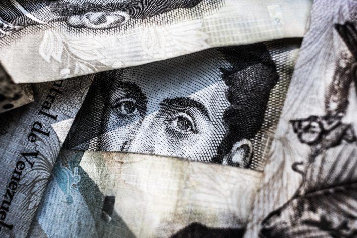 Самооценка и уровень дохода: есть ли связь?