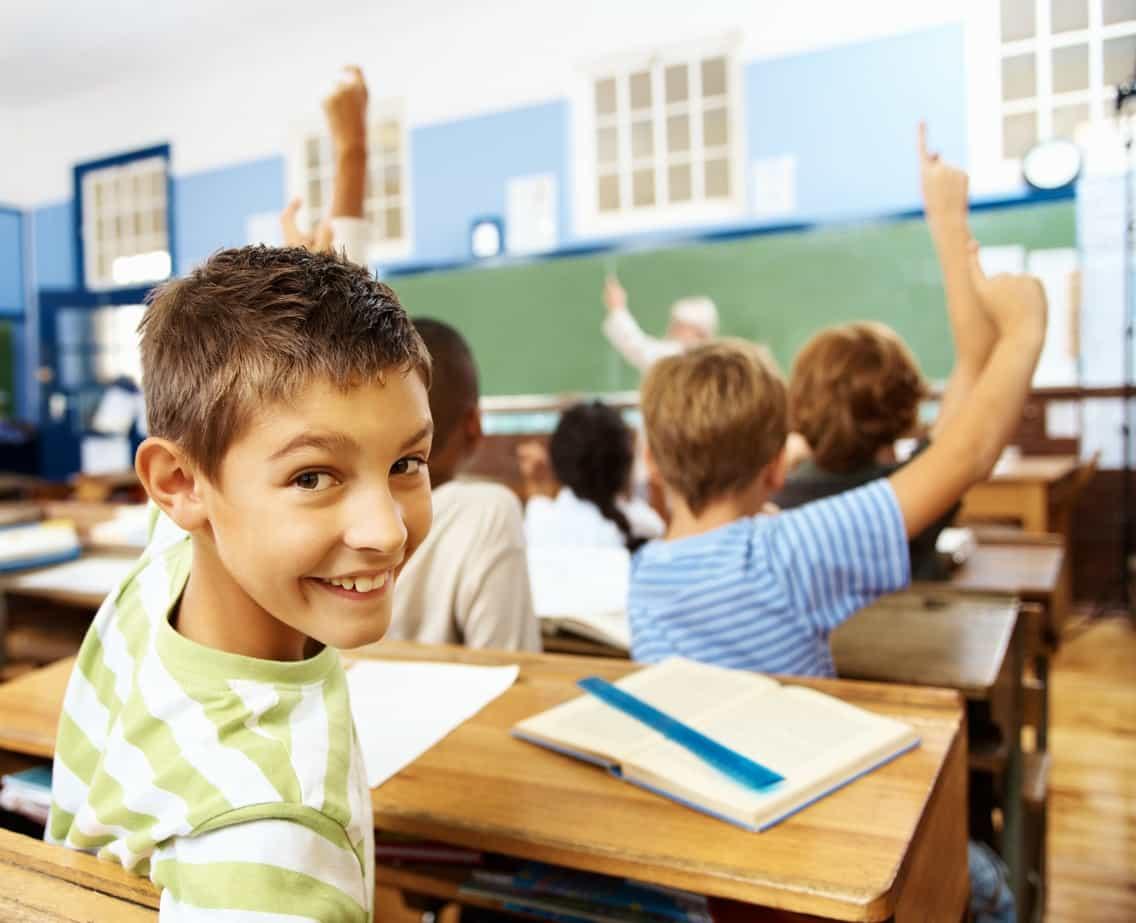 8 способов помочь ребенку с СДВГ преуспеть в школе