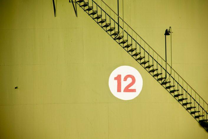 Программа «12 шагов»: эффективна не только при алкогольной зависимости