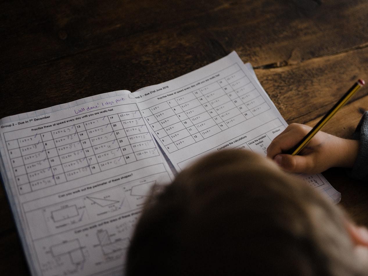 Воспитание подростка и школьные домашние задания