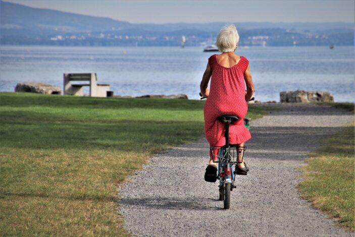 Чувствуете себя моложе своих лет? Жить будете дольше!