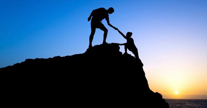 Альтруизм или эгоизм: что способствует желанию помогать?