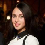 Аня Накрайникова
